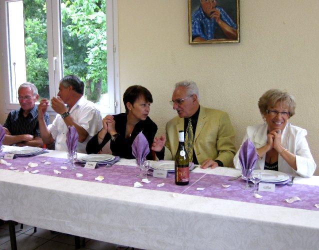 <br />André, Christian, Yvette, Augustin et Monique.<br /><br /><br />